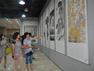 集团公司组织干部员工参观书画摄影作品展